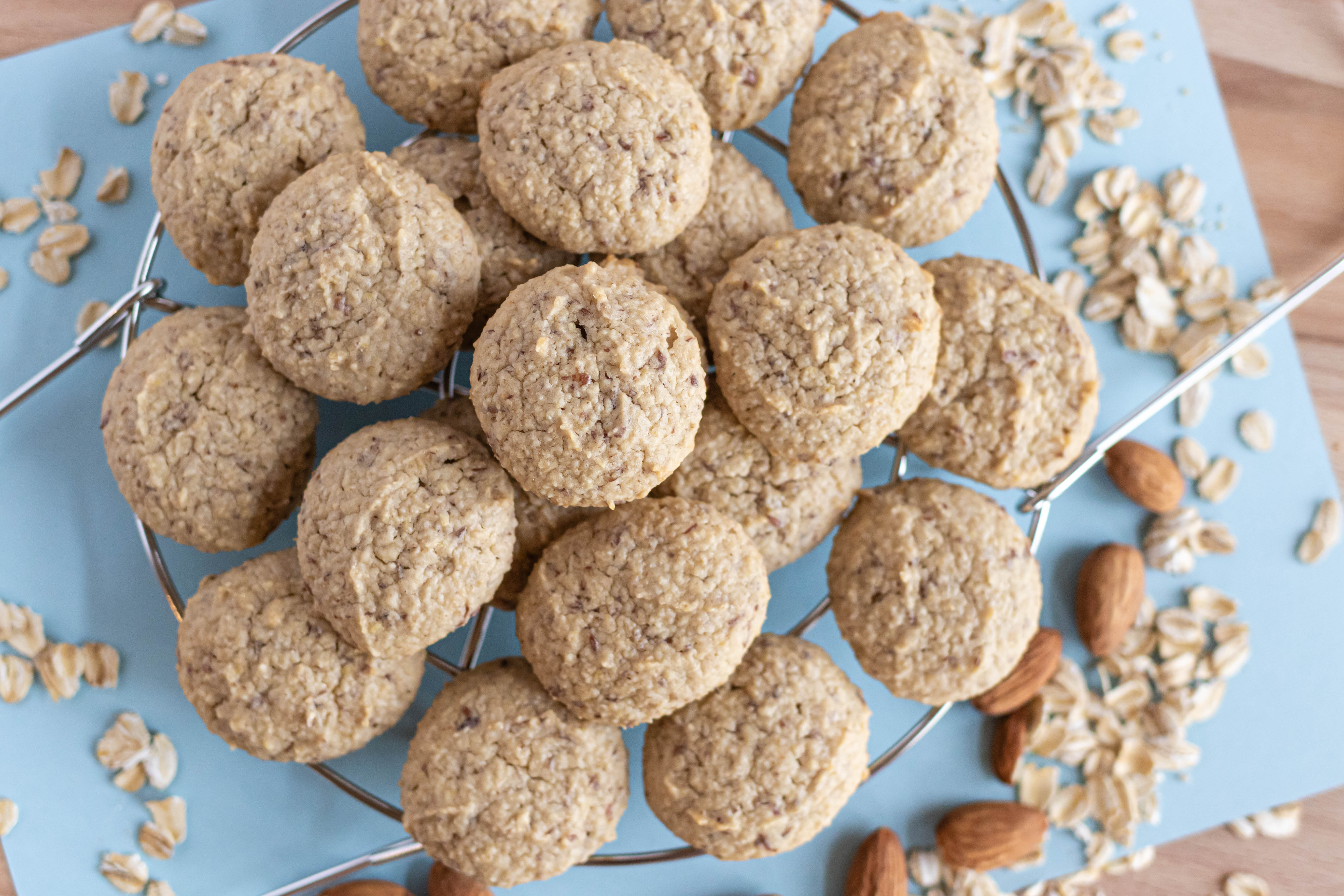 Vanilla Oatmeal Breakfast Cookies